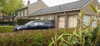 Doc-13-rouwauto-vr-Udenhout